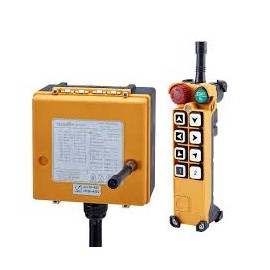 Radiocommande 4 axes 2 sens 24VAC/DC 8 Boutons +  1x start + 1x stop